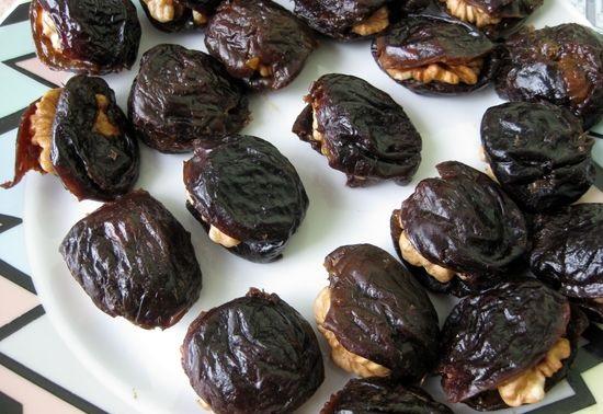 начинить чернослив орехами