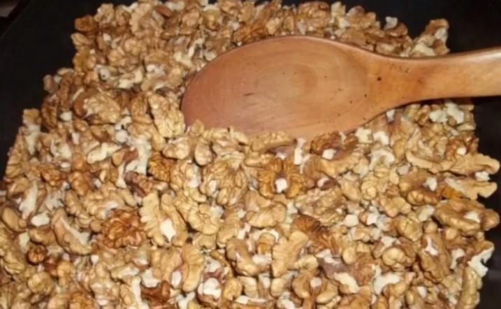 Пожарить орехи