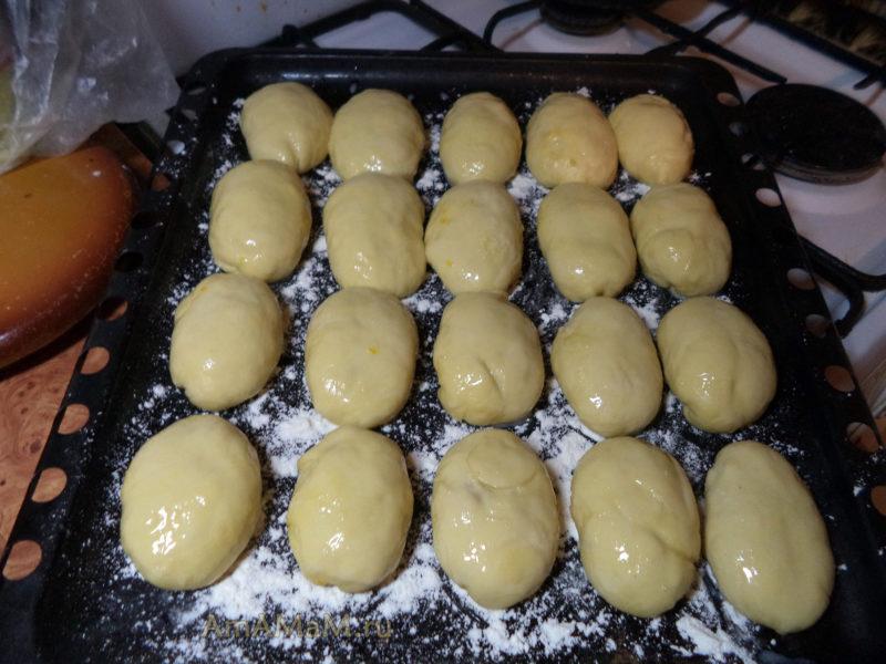 Пирожки на противне