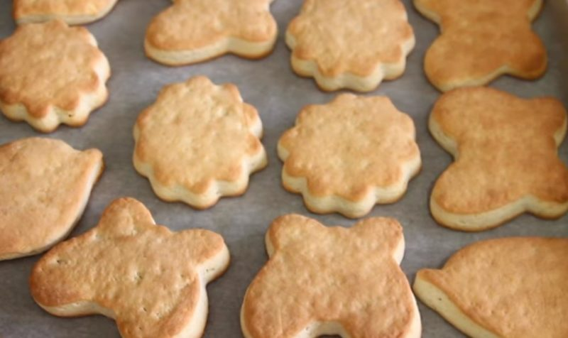 Готовое сахарное печенье