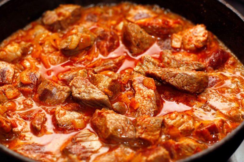 свинина в томатном соке