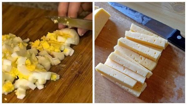 нарезать яйца и сыр