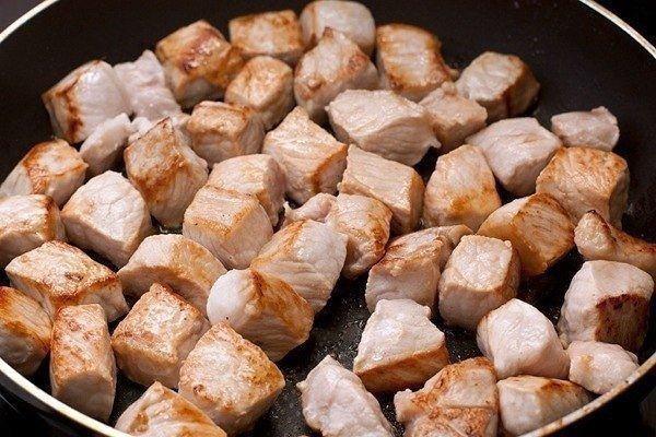 поджарить свинину