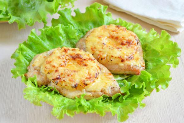 куриное филе с ананасом и сыром