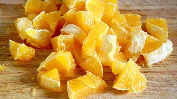 нарезать апельсин