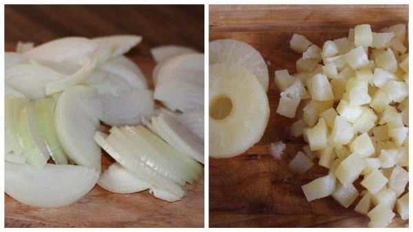 нарезать лук и ананасы