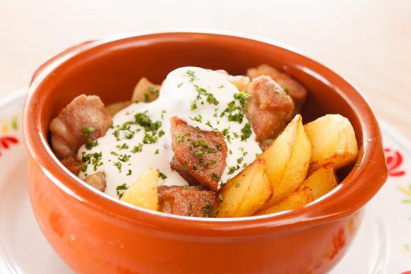 картошка с соусом