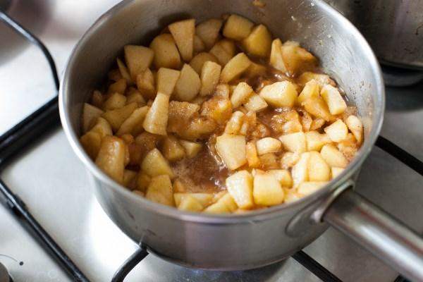 проварить яблоки