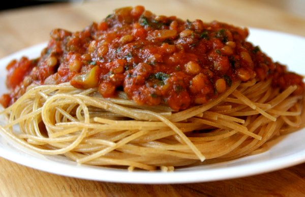 спагетти с подливой