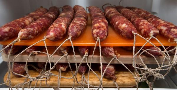 вяление колбасы