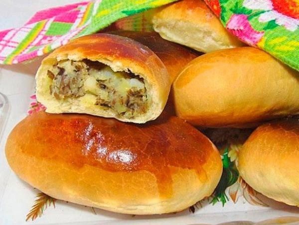 духовые пирожки с картошкой и грибами